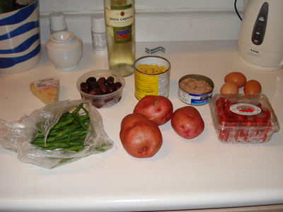 Salade Niçoise: before